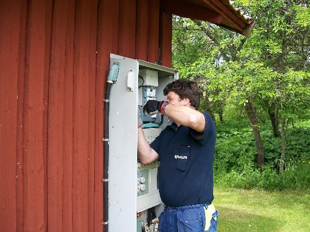 Ibland krävs det kraftigare doningar, då är vi glada över att kunna ringa in Pelle Nilsson på Fortum (Numera jobbar han åt Relacom men han hjälper oss med samma saker ändå).