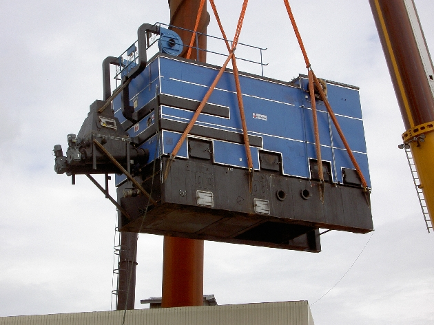Vi var med och installerade det elektriska när Rindi Energi byggde det nya fjärrvärmeverket i Sunne. Det var ett spännande jobb, här ser vi den stora flispannan som fanns i den gamla panncentralen. Denna flyttades upp till den plats där den finns idag, vid Mossvägen på Brårud.